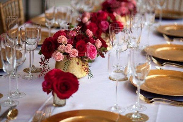 Goldig warme hochzeitsdeko mit rot und pink for Hochzeitsdeko gold