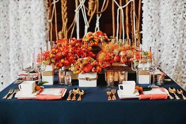 aufregend herbstliche hochzeitsdeko in sonnigem orange. Black Bedroom Furniture Sets. Home Design Ideas
