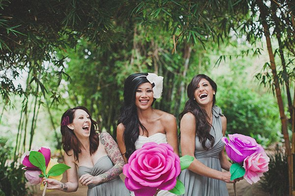 Hochzeit mit riesiger Papierblume (5)
