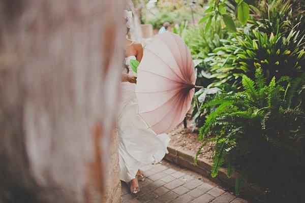 Hochzeit mit riesiger Papierblume