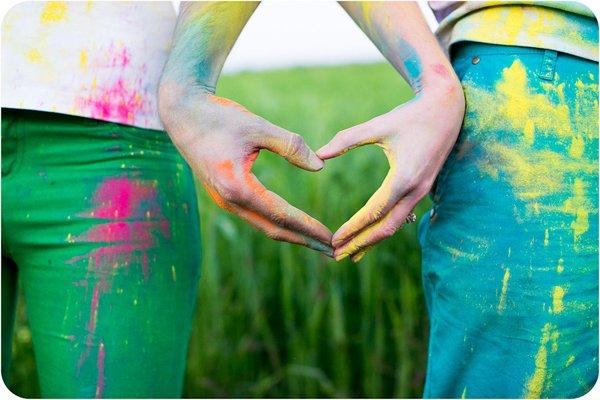 Verlobungsbilder mit Farbpuder (10)