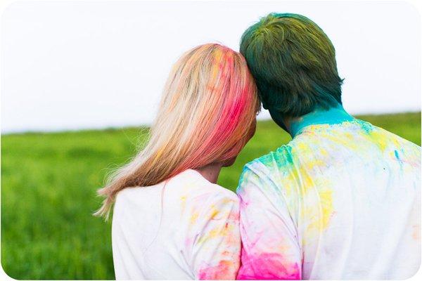 Verlobungsbilder mit Farbpuder (14)