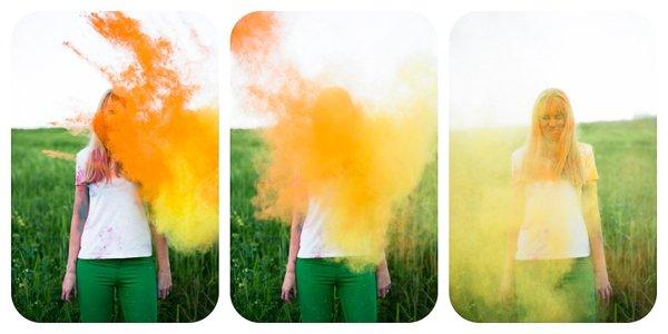 Verlobungsbilder mit Farbpuder (9)