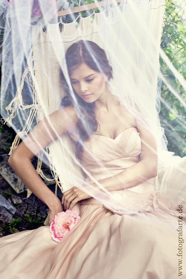 Brautkleid nude