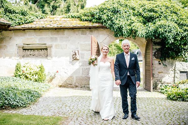 Heiraten_auf_Burg_Staufeneck_Scheunenhochzeit_056
