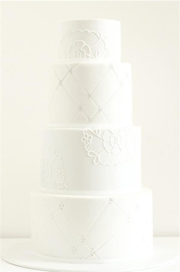 Hochzeitstorte weiss (7)