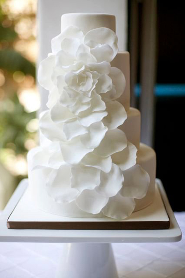 Hochzeitstorte weiss