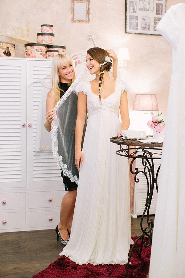 Bezaubernde Und Moderne Brautmode Von Jolie Bruchsal Friedatheres Com