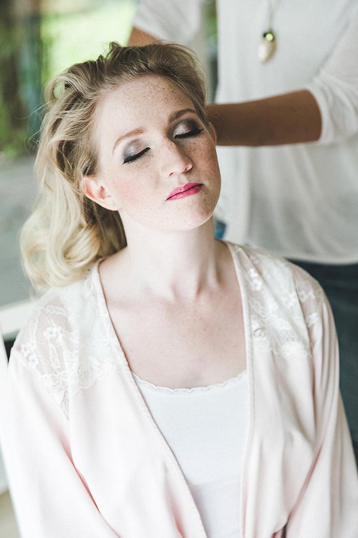 ein nat rlich elegantes braut make up f r blonde haare. Black Bedroom Furniture Sets. Home Design Ideas