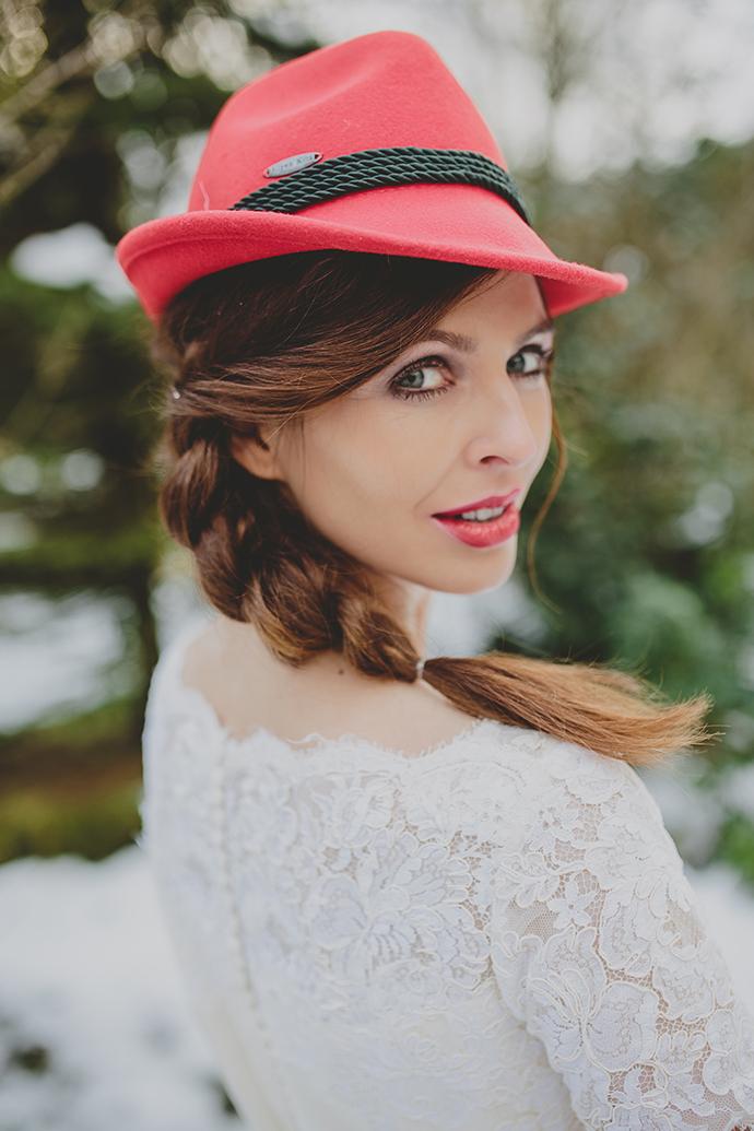 Braut mit Hut (2)