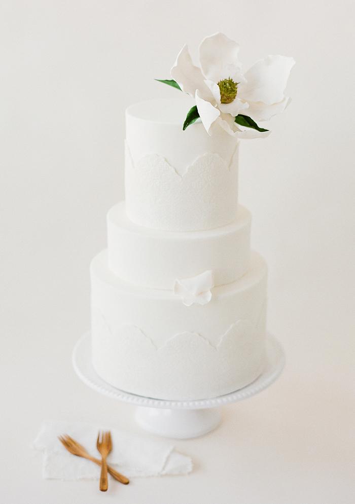 Hochzeitstorte weiss (2)