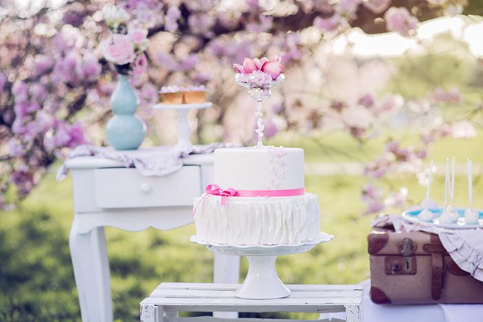 Hochzeit rosa Kirschblueten (25)