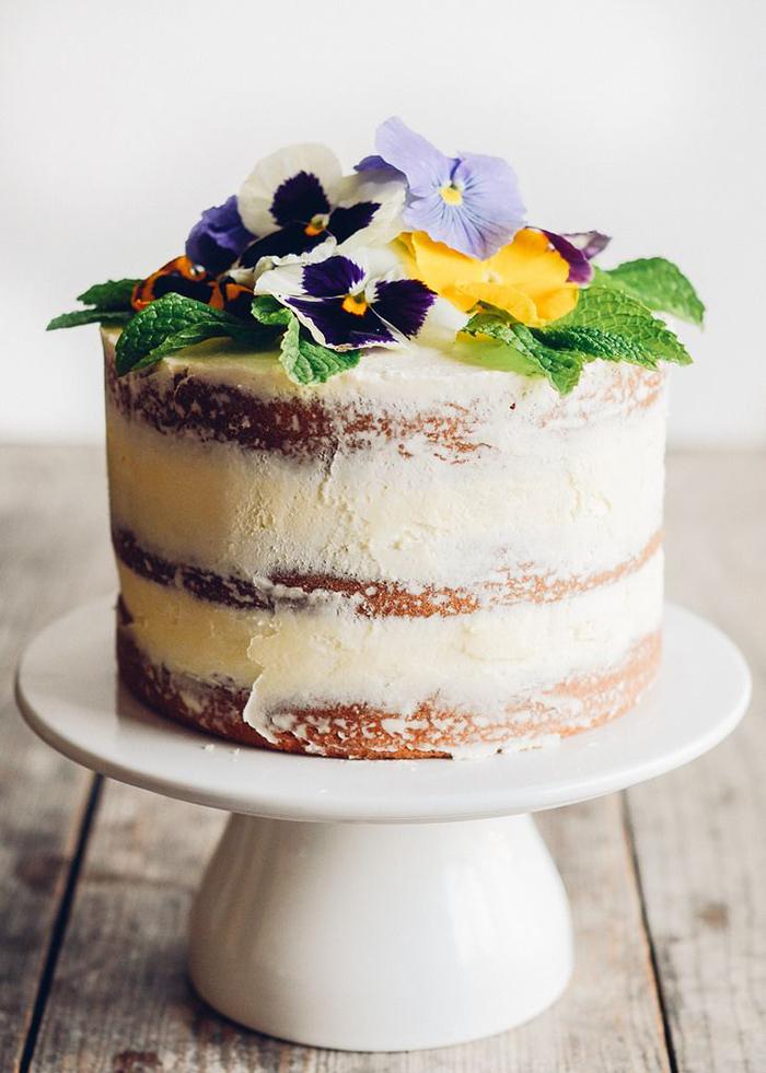 naked cake blumen