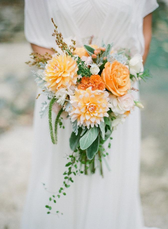 Brautstrauß für eine Herbsthochzeit  Friedatherescom