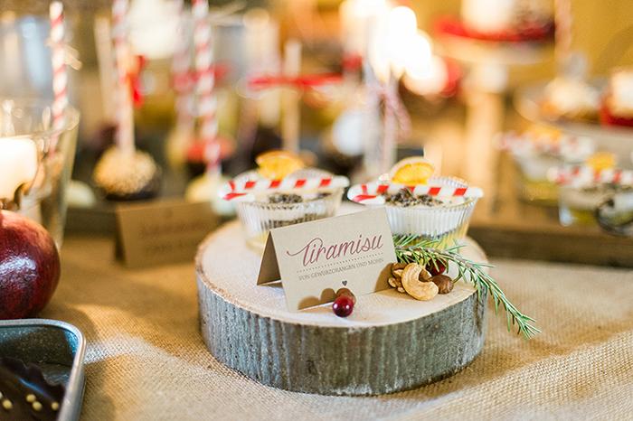 Holzscheiben Deko Hochzeit