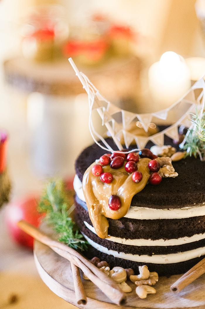 naked cake winter