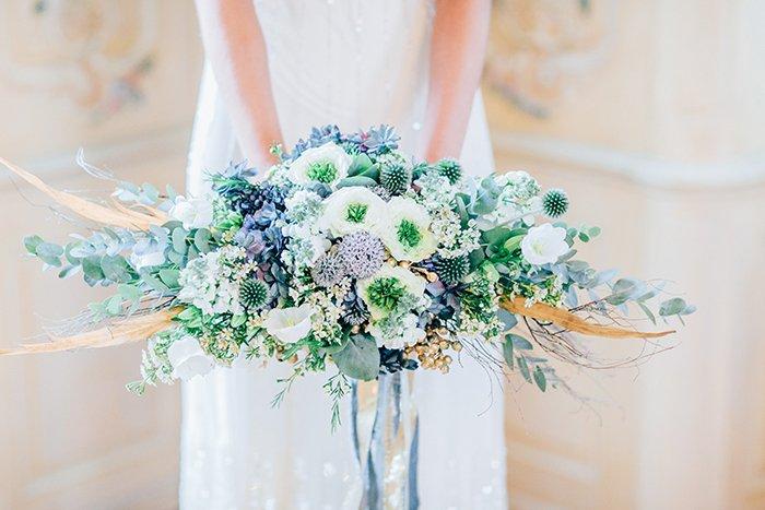 Hochzeitsinspiration In Blau Und Gold Friedatheres Com