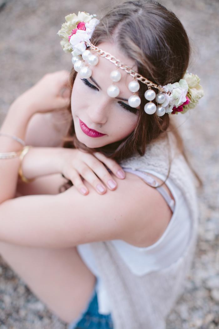 Blumenkranz mit Perlen