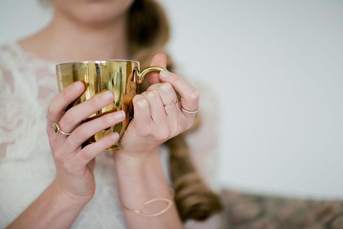 Goldene Tasse