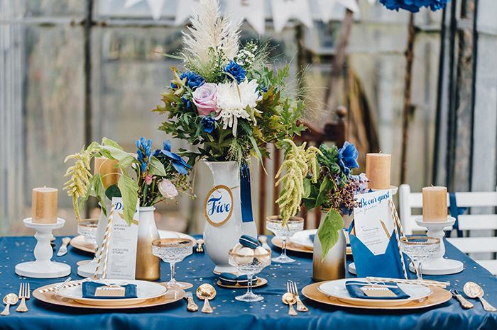 Ideen Fur Blaue Details Bei Der Hochzeit Friedatheres Com