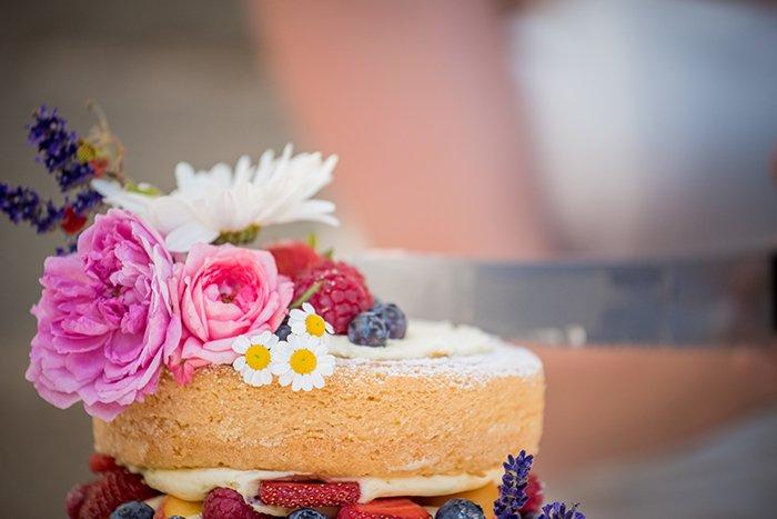 naked cake mit Beeren (2)