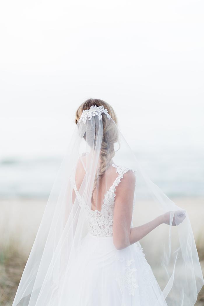 Brautkleid mit Schleier (1)