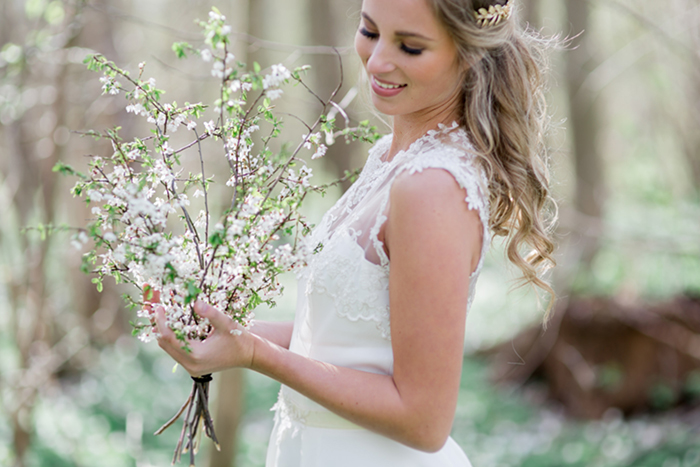 Brautkleid mit Schleier (2)