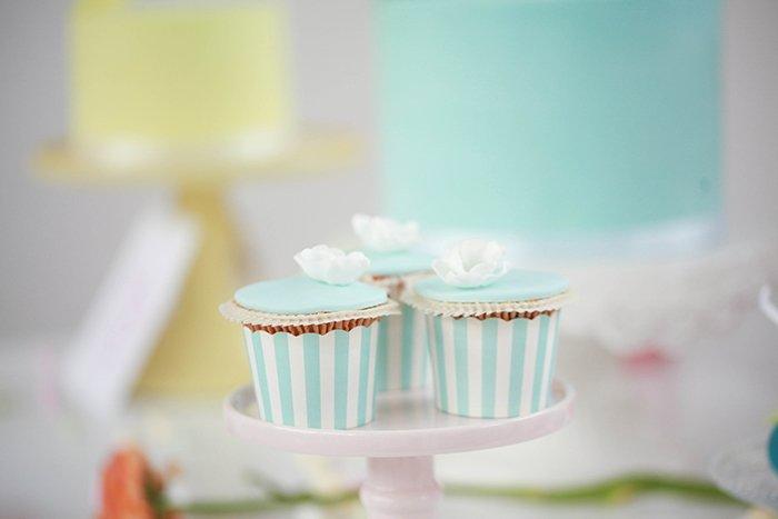 Cupcakes mintgruen (2)