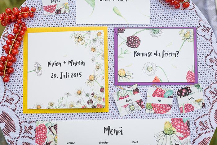 Einladungen zur Hochzeit mit Blumen (3)