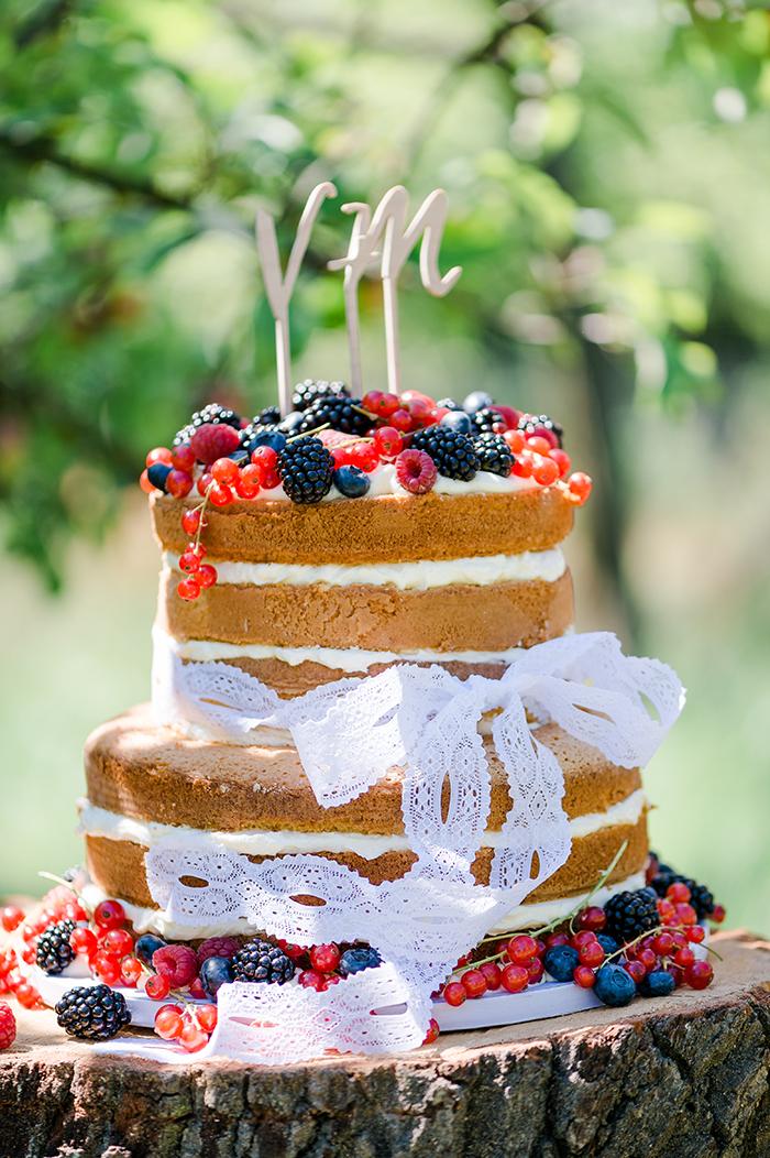 naked Cake mit Beeren (5)