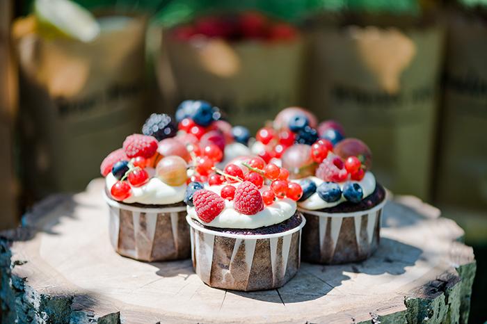 naked Cake mit Beeren (8)
