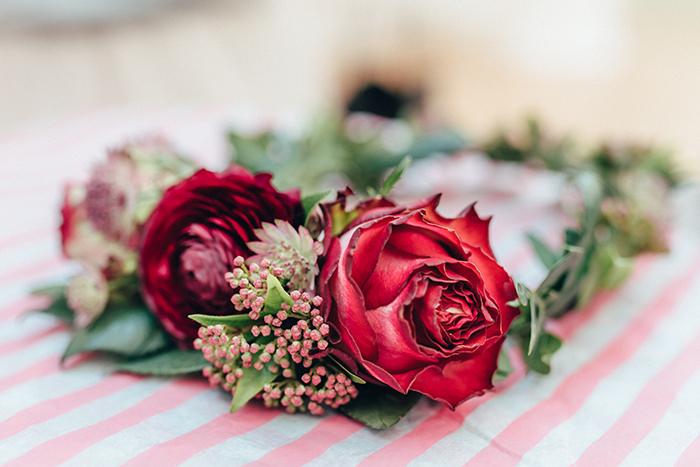 Blumenkranz rot