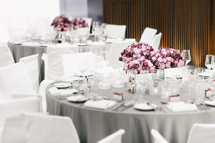 graue Tischdecke Hochzeit (2)