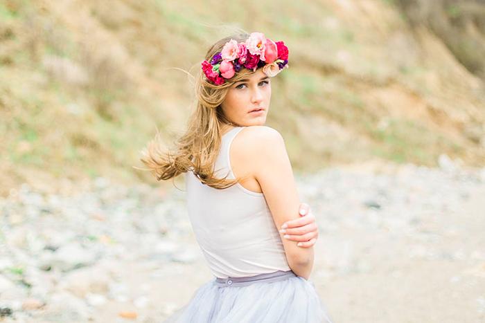 Braut mit rosa Blumenkranz (2)