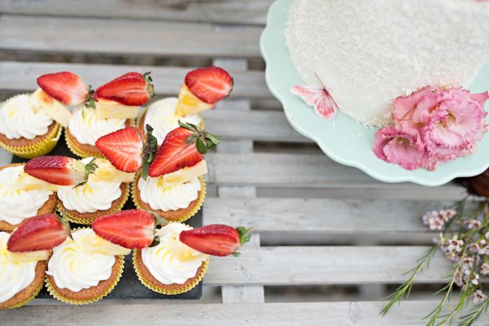 Erdbeercupcakes Hochzeit