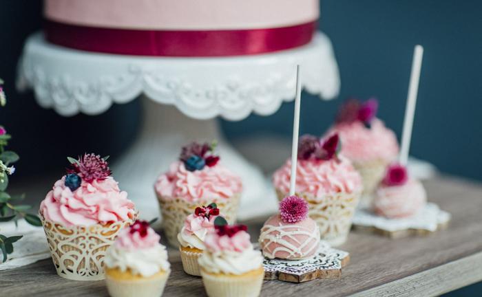 rosa Cupcakes (1)