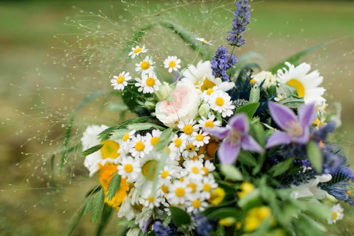 Brautstrauss Wildblumen