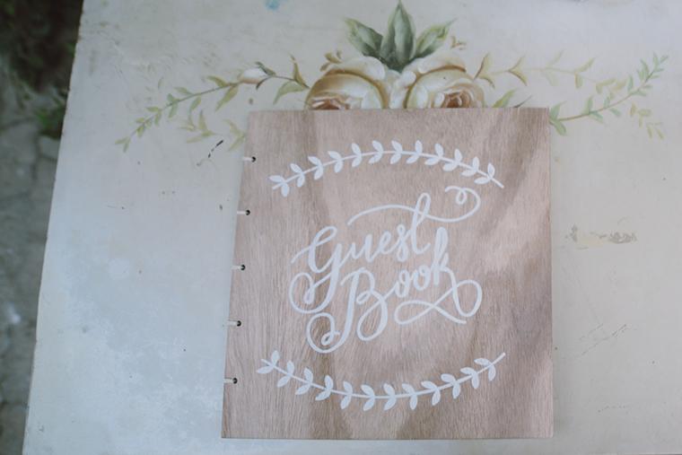 Gaestebuch Holz