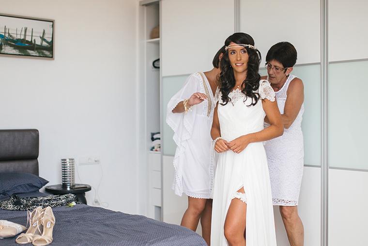 getting ready bride (2)