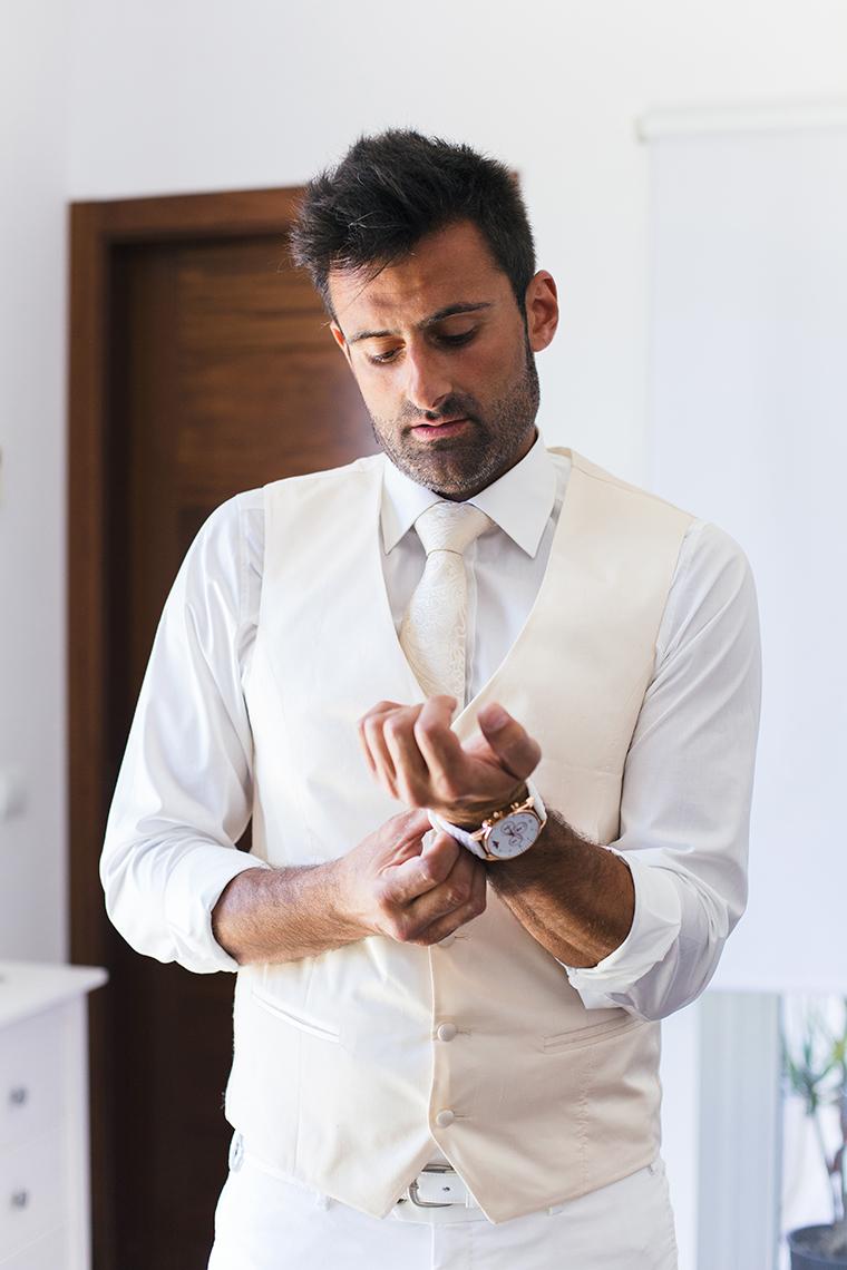 groom-getting-ready-1