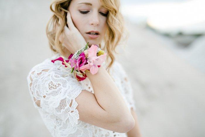 Blumenarmband Hochzeit (1)