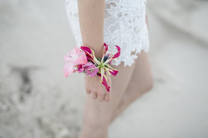 Blumenarmband Hochzeit (2)