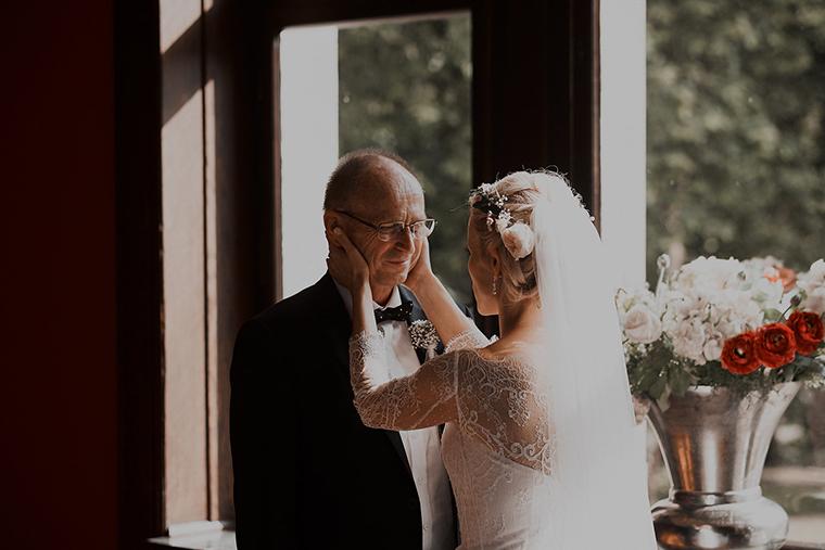 Braut und Brautvater (1)