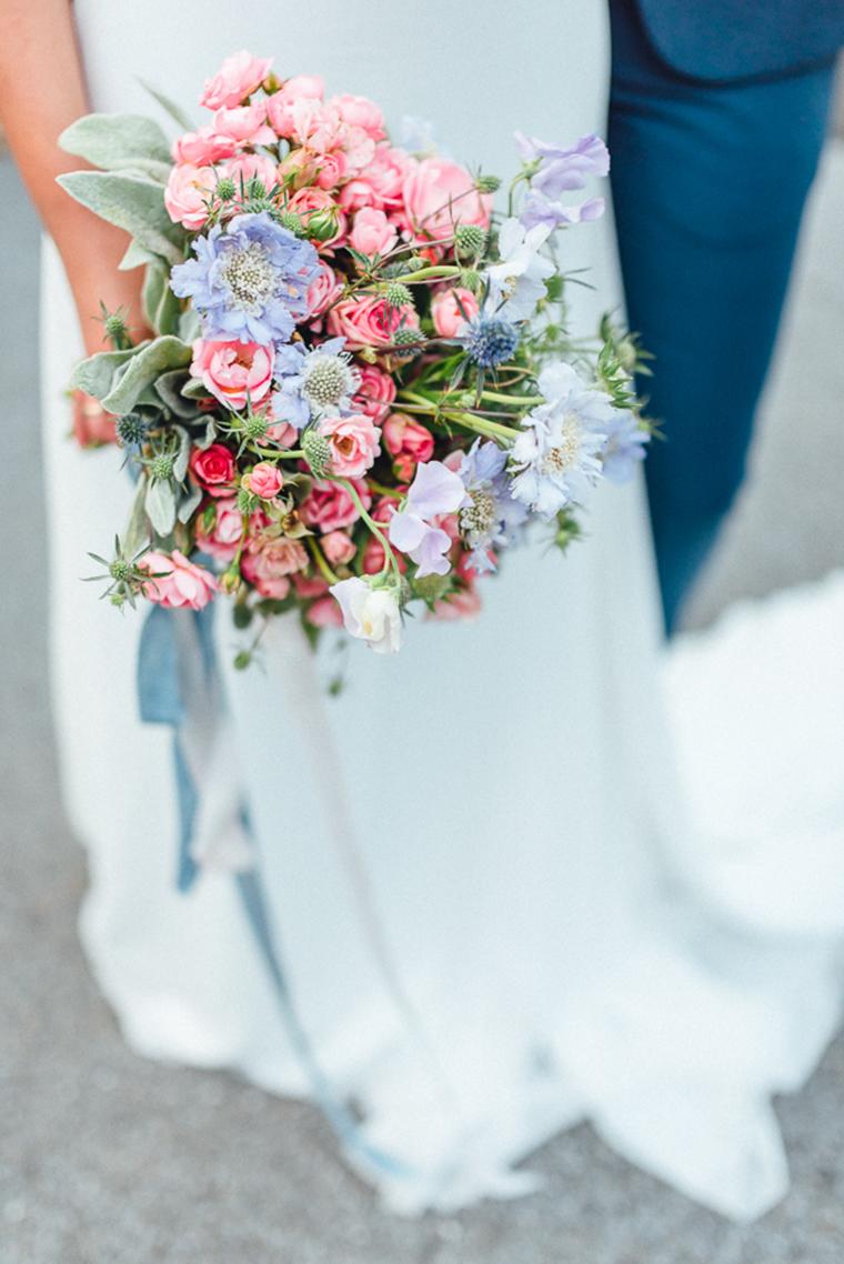 Brautstrauss rosa hellblau (2)