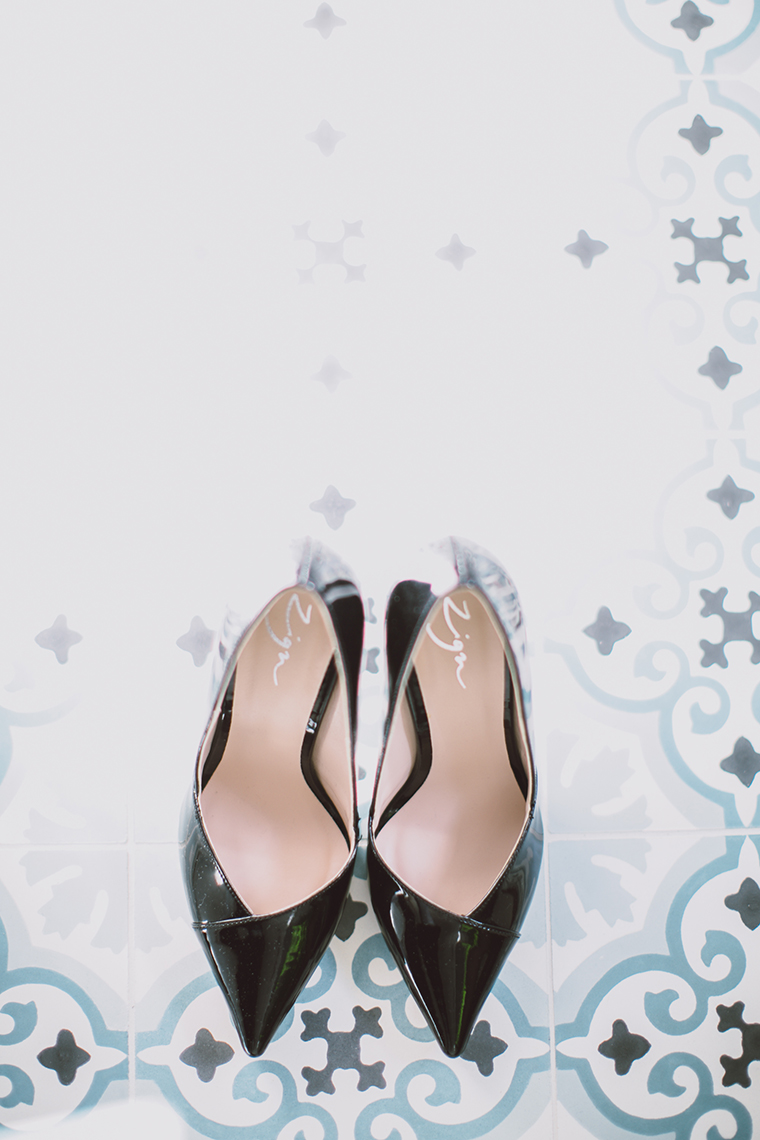 schwarze Schuhe Braut