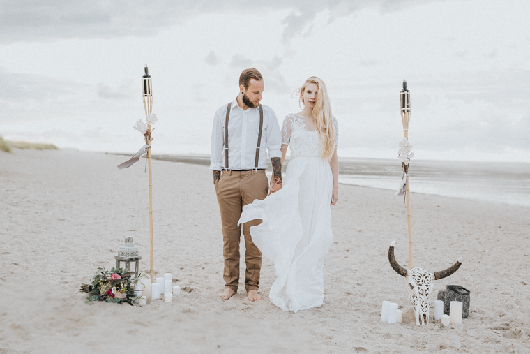 Bohemian beach wedding (3)
