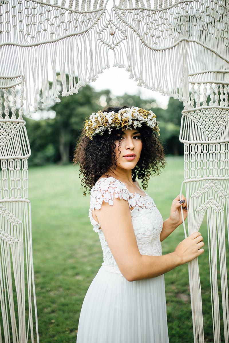 bride-with-curls-2