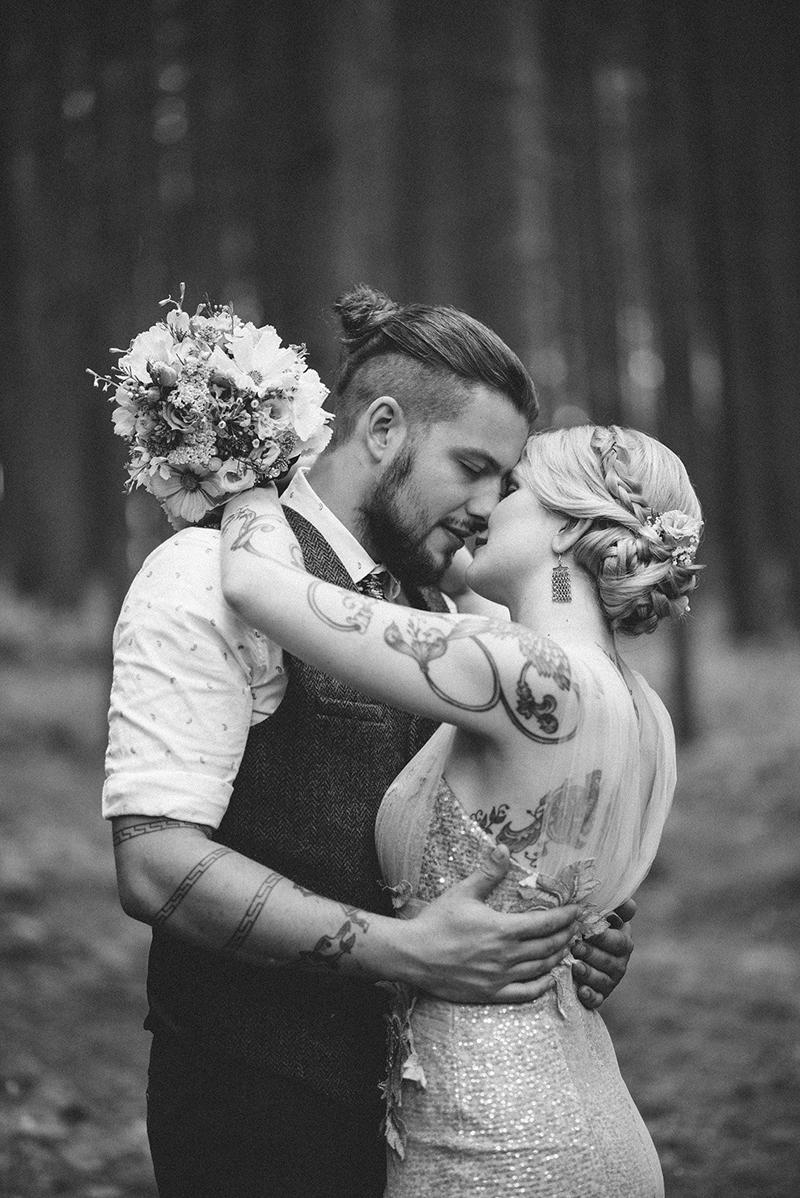 rocknroll-bride-1