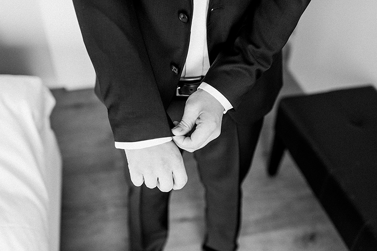 getting-ready-groom-1