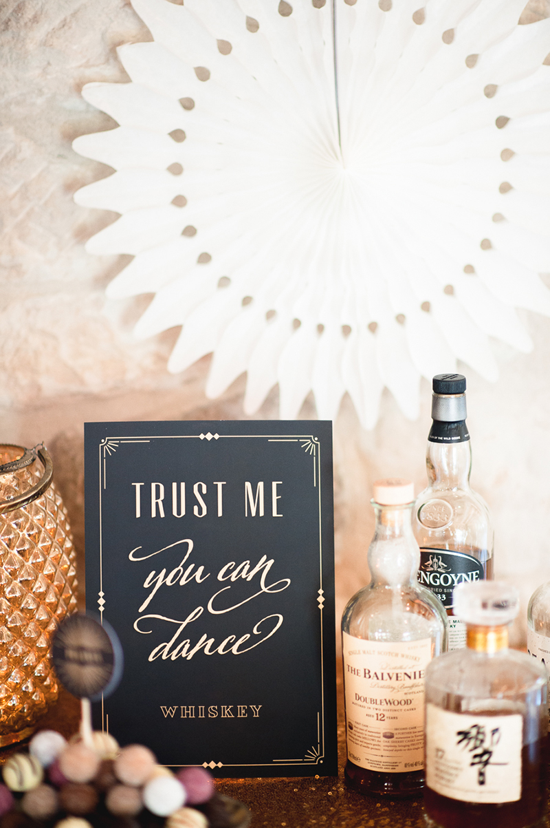 trust-me-you-can-dance-sign